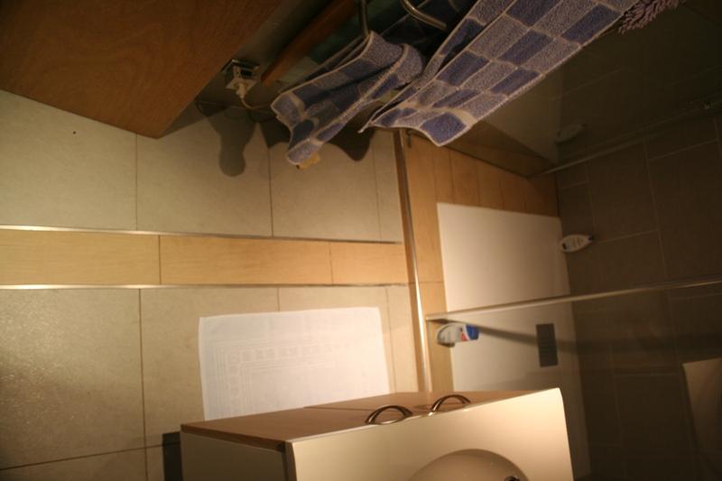 carrelage ou parquet dans les chambres 26 messages. Black Bedroom Furniture Sets. Home Design Ideas