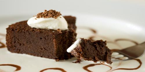 Receita de Bolo de Chocolate com Gelado de Baunilha