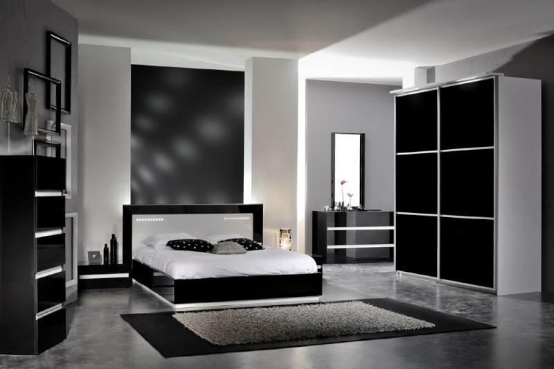 les chambres d 39 adultes d enfants et d amis. Black Bedroom Furniture Sets. Home Design Ideas