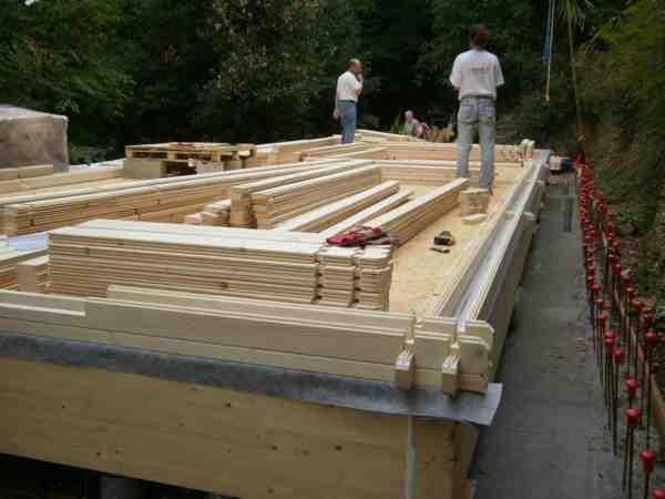 reportage photo de l 39 autoconstruction en double paroie. Black Bedroom Furniture Sets. Home Design Ideas