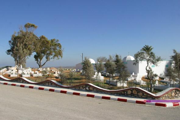 صور لضريح سيدي لخضر بن img_0014.jpg