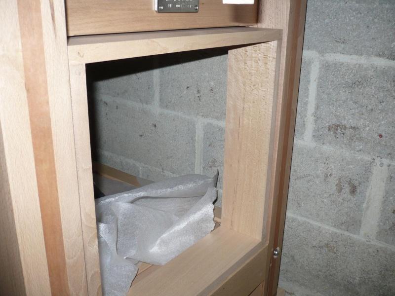 r alisation d 39 une petite armoire pour mon tabli. Black Bedroom Furniture Sets. Home Design Ideas